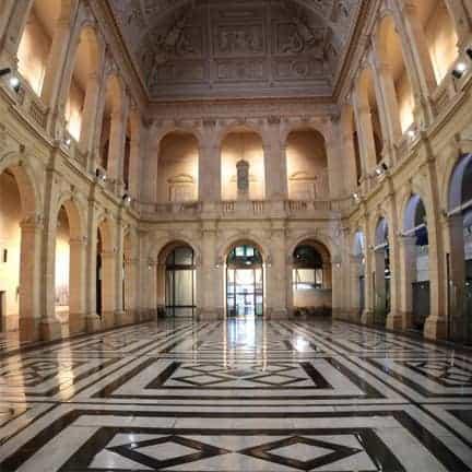 Lyon palais de la bourse - salle de la corbeille